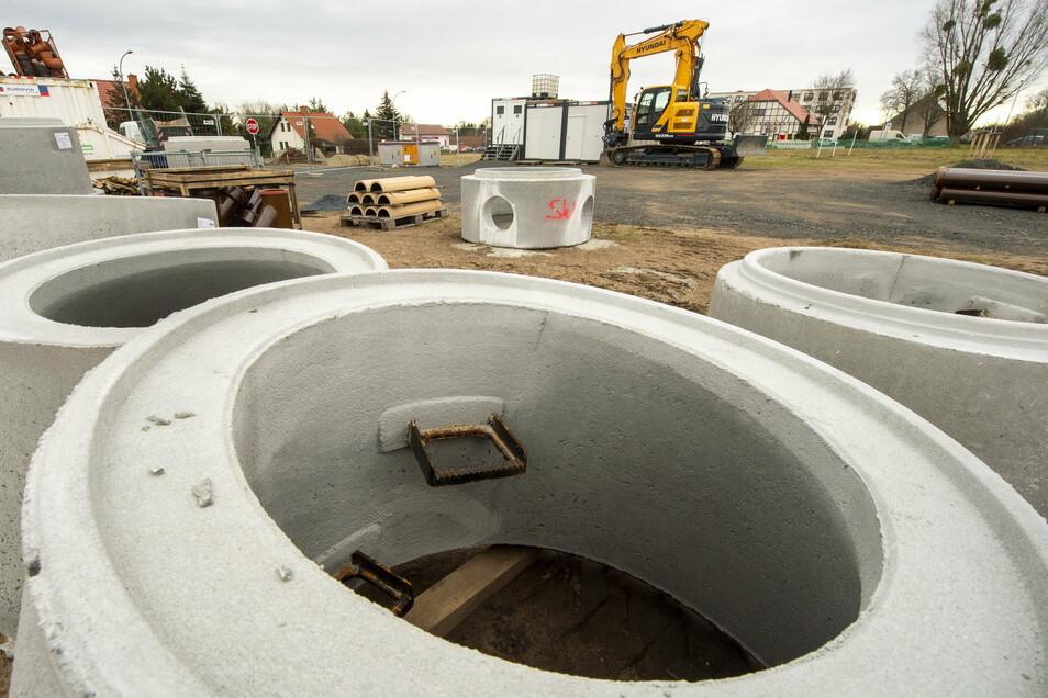 Die Arbeiten im künftigen Wohngebiet Nieder-Hufen kommen gut voran. Im dritten Quartal sollen die künftigen Eigenheimbesitzer hier bauen können.