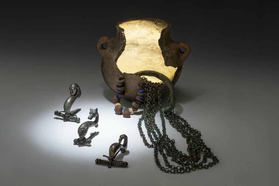 Das frühkeltische Schmuckensemble von Pirna-Pratzschwitz datiert um 500 v. Chr.