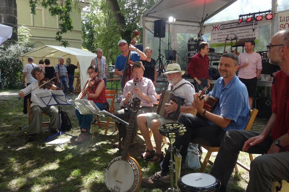 """Die """"Sommerküche"""" musizierte schon bei vielen Pirnaer Stadtfesten, nun sind die Musiker am Donnerstag auf dem Markt zu erleben."""
