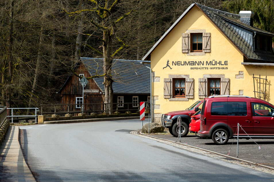 Neumannmühle im Kirnitzschtal: Moderne Niederflurwagen sollen bis hierhin und weiter bis hinauf nach Hinterhermsdorf fahren.