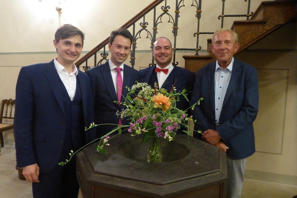 Das ist der Vorstand des neu gegründeten Fördervereins Villa Bauch: Paul Heller, Sascha Hille, Lukas Lomtscher und Peter Krause (von links).