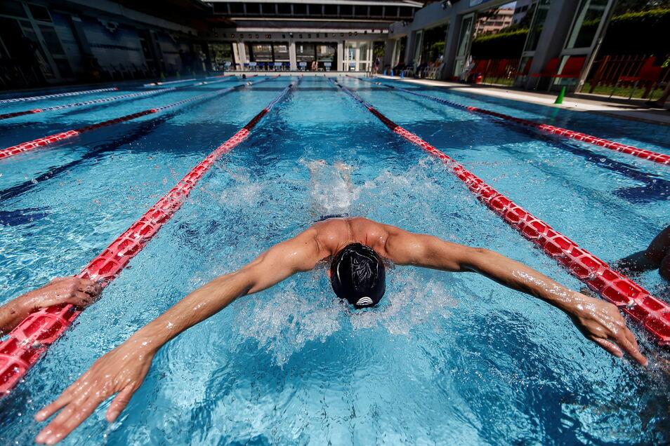 Schwimmbäder öffnen in Tschechien wieder - mit Einschränkungen.