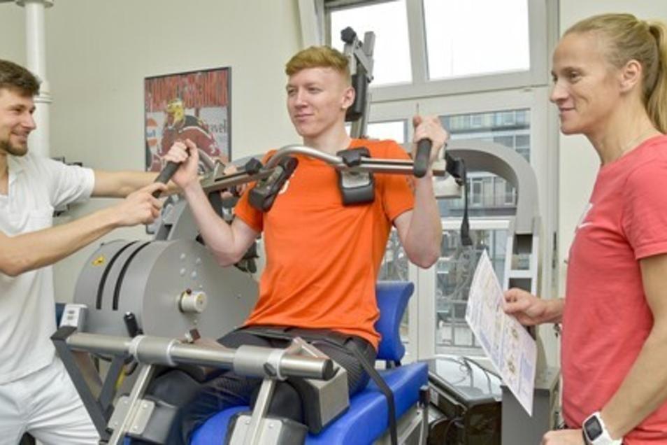 Am Uniklinikum in Dresden können sich Spitzensportler, aber auch Hobbysportler gründlich sportärztlich untersuchen lassen.