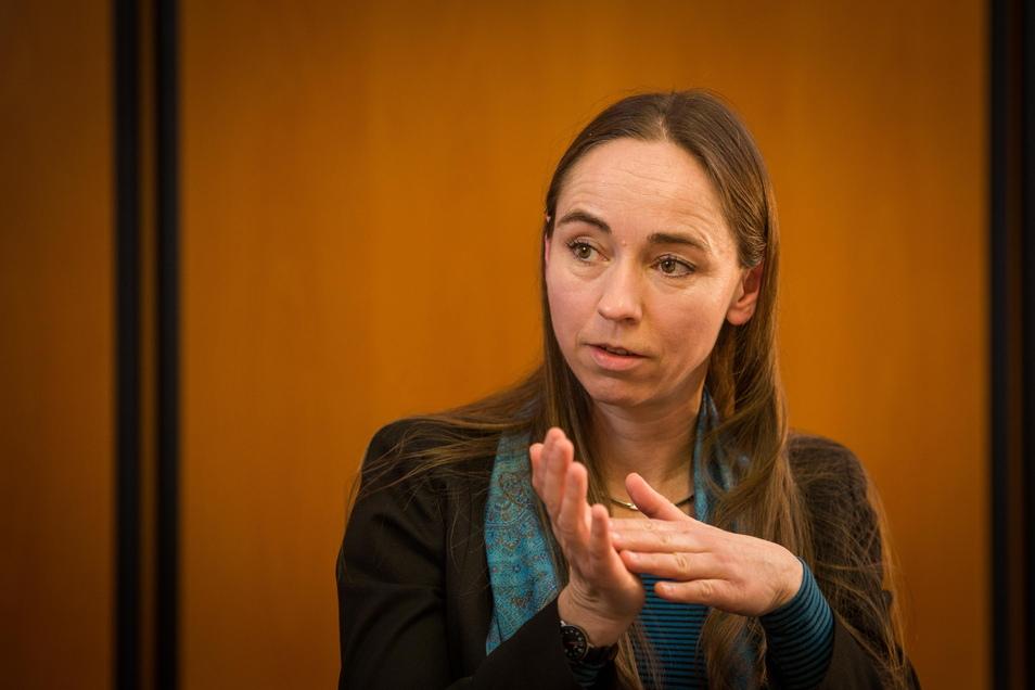 Ruhe bewahren und wachsam sein, rät Dresdens Gesundheitsbürgermeisterin Kristin Kaufmann angesichts der Ausbreitung der britischen Coronavirus-Variante.