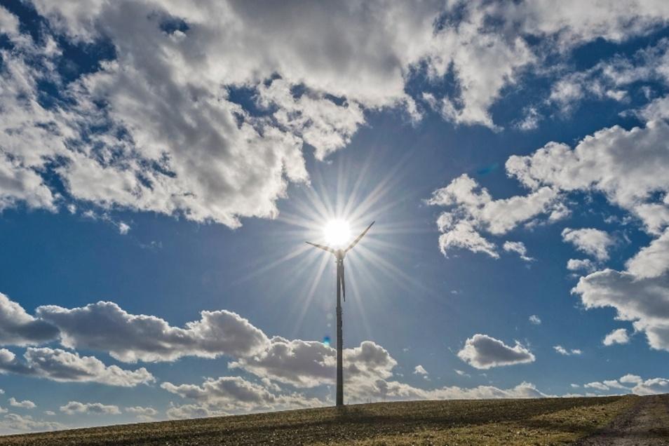 Ganz so ungetrübt wie hier in Langenwolmsdorf ist die Situation für Betreiber von Windkraftanlagen im Landkreis Sächsische Schweiz-Osterzgebirge nicht.