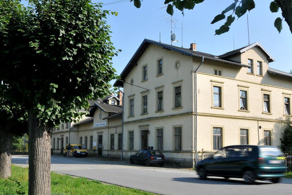 Der Bahnhof in Neusalza-Spremberg wird bald saniert und Wohnungen eingebaut.