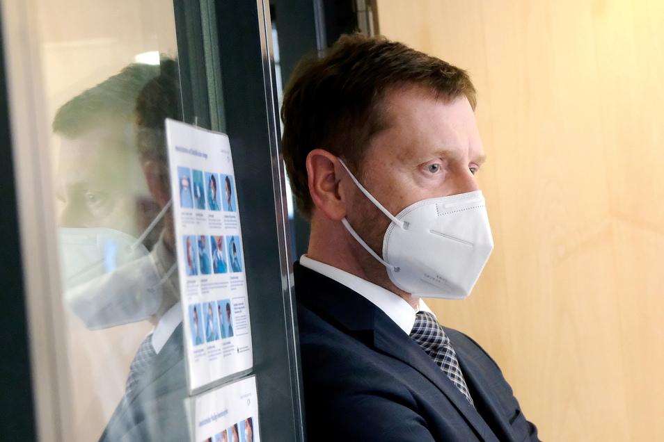 Sachsens Ministerpräsident Michael Kretschmer will eine Überlastung der Krankenhäuser verhindern.