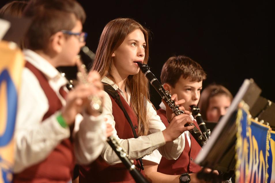 Auch junge Görlitzer Musiker gehörten zu den Gratulanten. Sie bestritten den ersten Teil des mehrstündigen Konzertes.