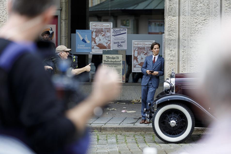 """Drehort Kaufhaus: 2013 wurde das Görlitzer Kaufhaus für """"The Grand Budapest Hotel"""" aufwendig zum Filmset umgebaut. Dieser Aufwand war 2019 für """"Fabian"""" nicht nötig. Hier ging es lediglich um Außenaufnahmen mit Hauptdarsteller Tom Schilling."""