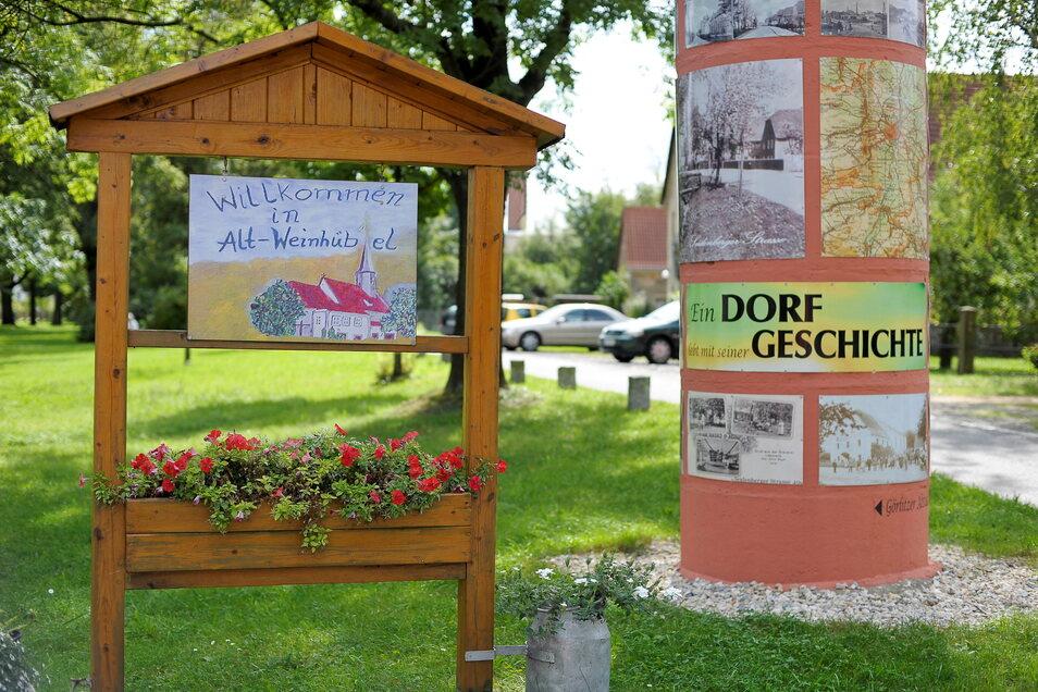 Die IG Dorfanger hat in Altweinhübel die Flächen an der Seidenberger Straße und die alte Litfaßsäule liebevoll gestaltet.