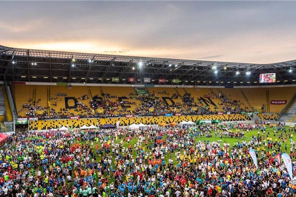 Im DDV-Stadion endete die fünf Kilometer lange Route.