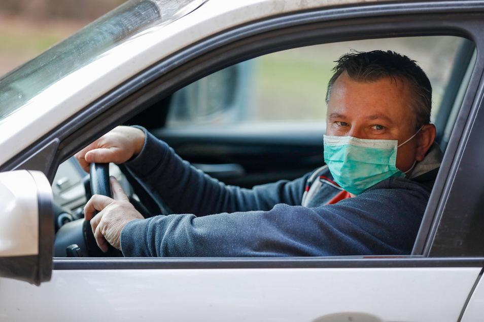 Der tschechische Arzt Milan Sedlak muss jetzt täglich von Liberec aus über den Grenzübergang Petrovice-Lückendorf zur Arbeit nach Zittau und Großschönau fahren.