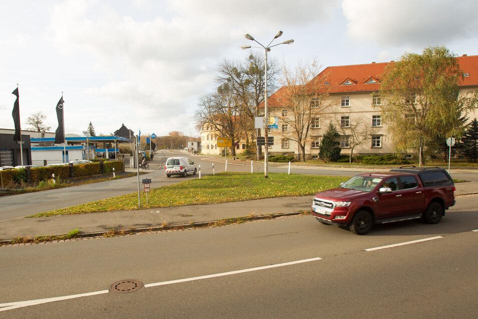 Dreiecks-Kreuzung am Knotenpunkt Rottwerndorfer Straße/Zehistaer Straße: Manche verlieren schon mal den Überblick, wer wo Vorfahrt hat.