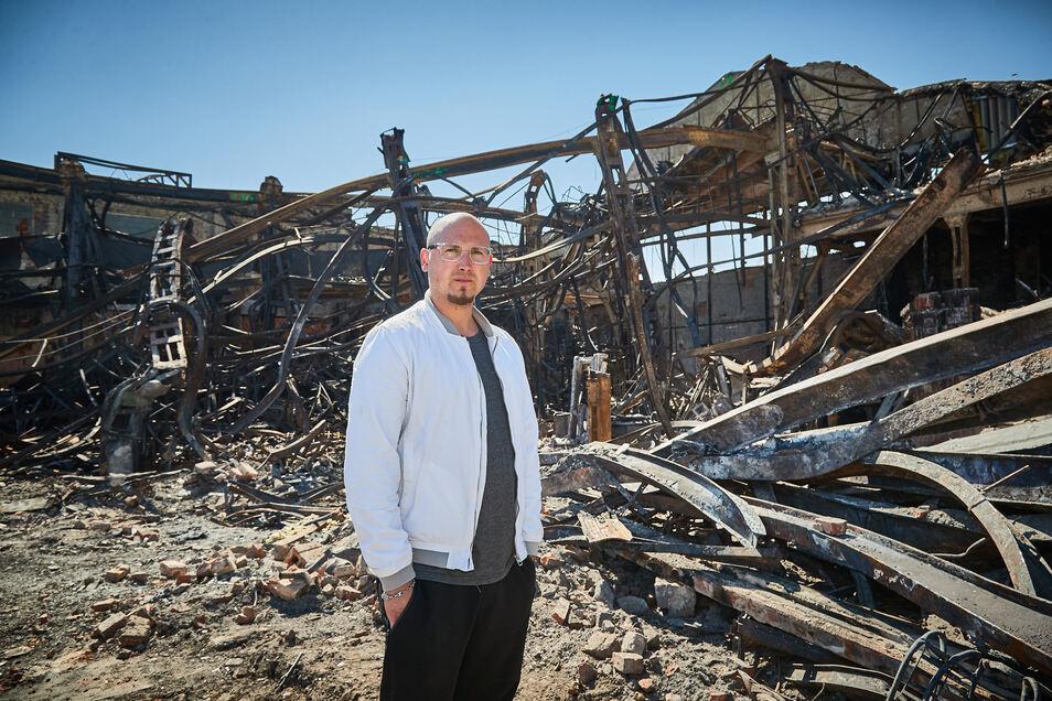 Michael Maaz steht vor den Trümmern seiner Existenz.