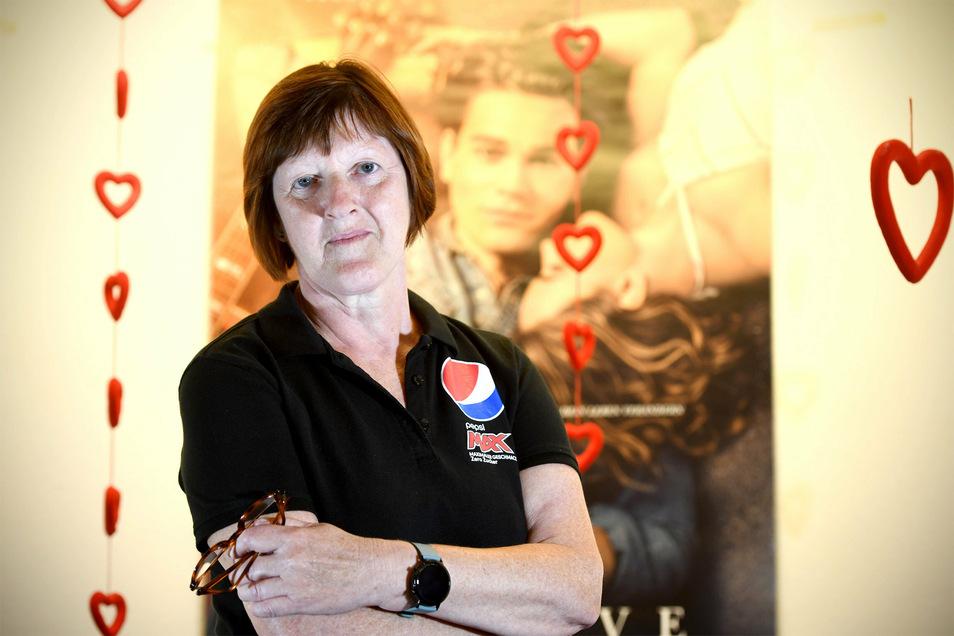Ilona Schaller, Leiterin des Zittauer Filmpalastes, hofft, dass die Besucherzahlen bald deutlich besser werden. In den vergangenen Monaten waren die Gäste noch sehr zurückhaltend.