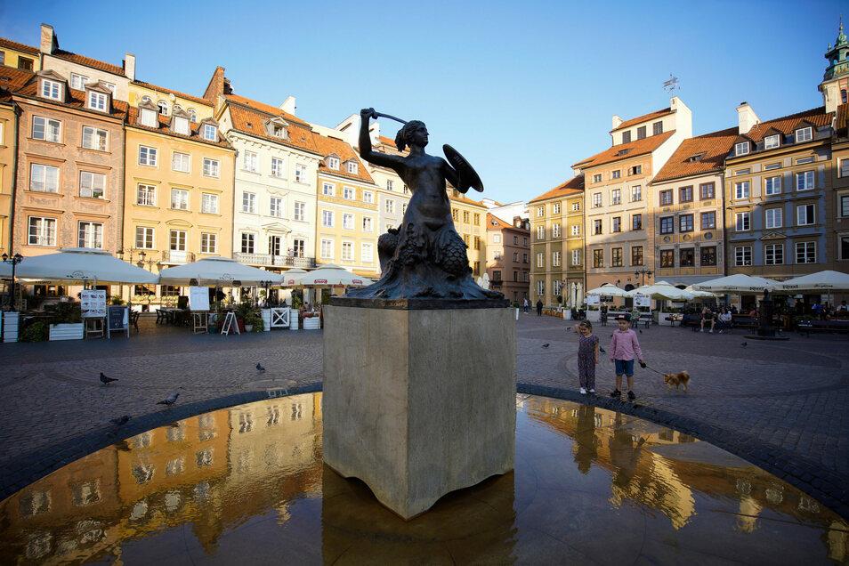 Blick auf den Marktplatz in der Warschauer Altstadt