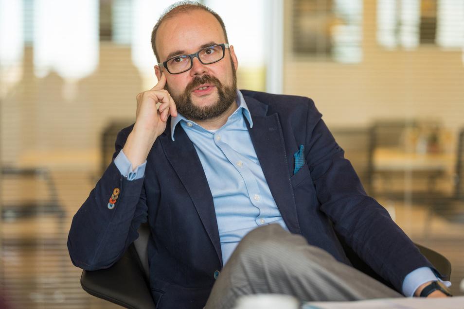 Kultusminister Christian Piwarz steht bei der Gewerkschaft GEW in der Kritik.