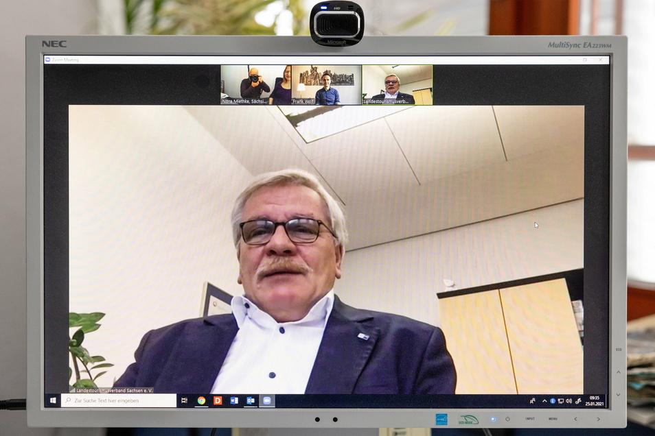 Gerne zugeschaltet: Detlef Hamann nimmt als Hauptgeschäftsführer der IHK Dresden an Beratungen mit Ministerien teil. Manches kann er durchsetzen, manches enttäuscht ihn.