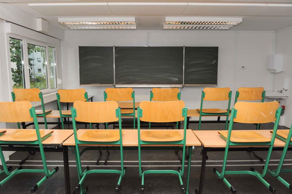 Viele Klassenzimmer bleiben rings um den Tag der Sachsen in Riesa leer. Anlässlich des Volksfestes fällt der Unterricht an zwei Tagen im September aus.