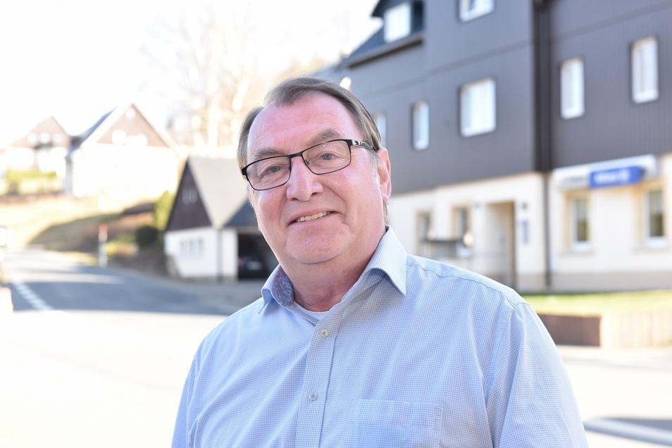 Der alte Bürgermeister wird auch der Neue. In Hermsdorf/E. haben die Bürger Andreas Liebscher im Amt bestätigt.