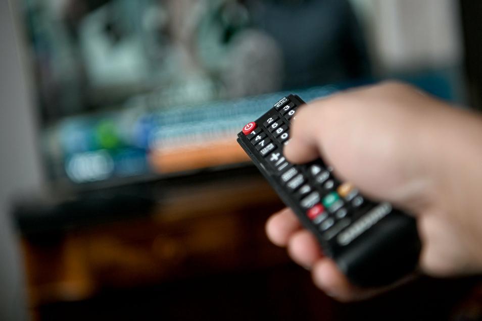 Lineares Fernsehen gerät etwas aus der Mode. Das Ende der Zahlpflicht von Mietern für einen Fernsehanschluss könnte diesen Trend noch verschärfen.