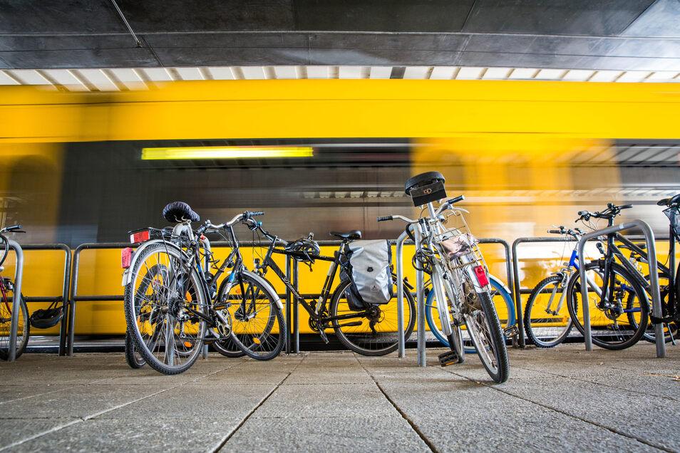Laut Stadt stehen am Hauptbahnhof derzeit 66 Fahrradabstellplätze zur Verfügung.