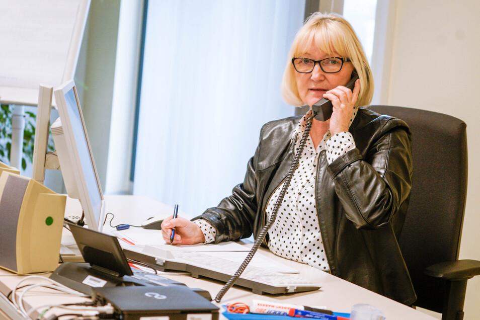 Die amtierende Leiterin der Bautzener Arbeitsagentur, Ilona Wingel-Paul, appelliert an die Chefs von Firmen und Behörden, trotz der derzeitigen Krise an die Fachkräfte von morgen zu denken und Lehrlingen die weitere Ausbildung zu ermöglichen.