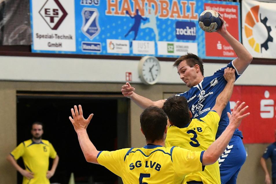 Das Bollwerk der SG LVB III war für die Männer der HSG Neudorf/Döbeln am Sonntag zu stark. Die Punkte gingen daher nach Leipzig.