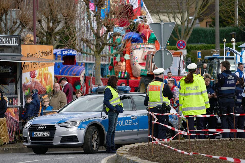 Am 24. Februar war ein 30-Jähriger mit seinem Auto in den Rosenmontagszug in der nordhessischen Stadt Volkmarsen gerast. Zahlreiche Menschen, darunter viele Kinder, wurden teils schwer verletzt.