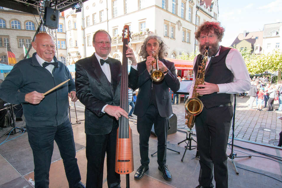 Die Jazz Tales aus Döbeln unterhielten die Besucher am Sonntagnachmittag mit heiteren Rhythmen.
