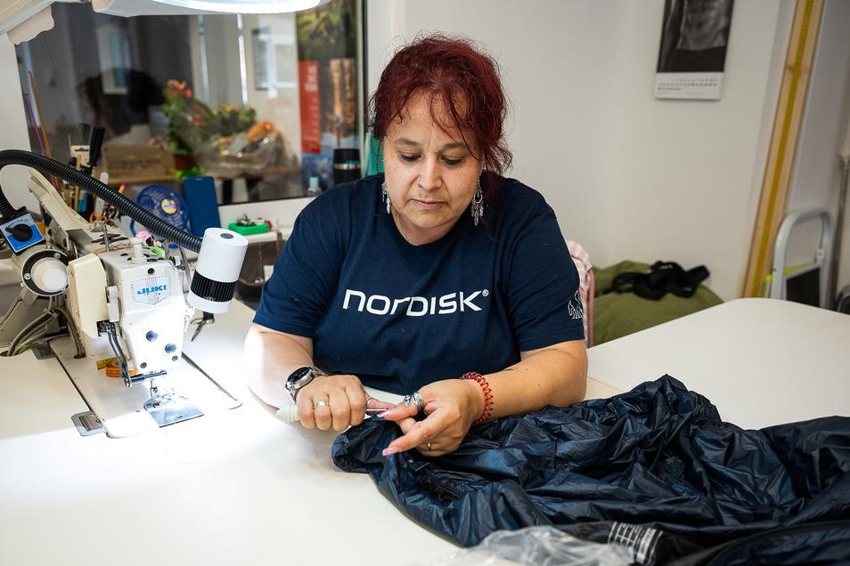 Daniela Kasper arbeitet seit fünf Jahren bei Yeti.