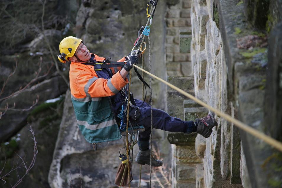 Gesichert an der Basteibrücke im Frühjahr. Die Brücke wurde ausführlich geprüft und dokumentiert.