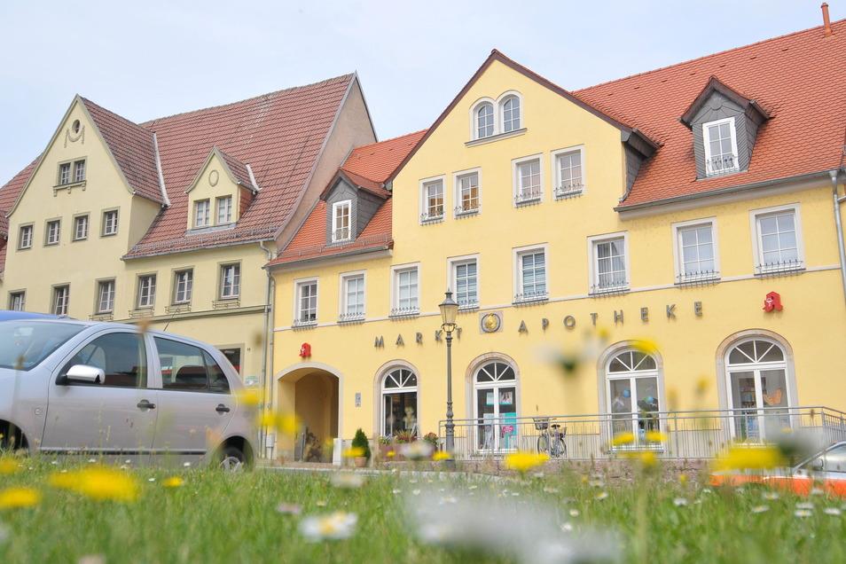 """Aus dem ehemaligen Gasthof """"Sonne"""" wurde in Lommatzsch eine schmucke Apotheke mit Ärztehaus"""