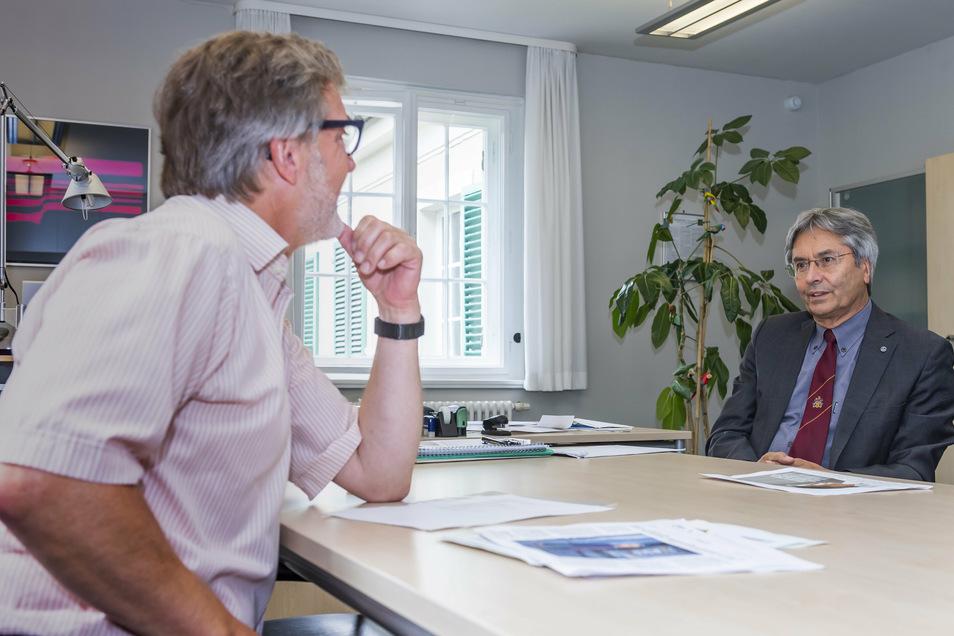 Vor genau zehn Jahren fand hier im Rektorat das erste Interview überhaupt mit Hans Müller-Steinhagen als neuem TU-Rektor statt. Jetzt gibt er SZ-Redakteur Stephan Schön sein letztes Interview in diesem Amt.