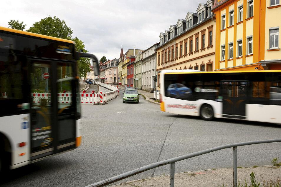 Derzeit wird in Kamenz an der Kreuzung Ost-/Hoyerswerdaer Straße an einer neuen Fernwärmetrasse gebaut.