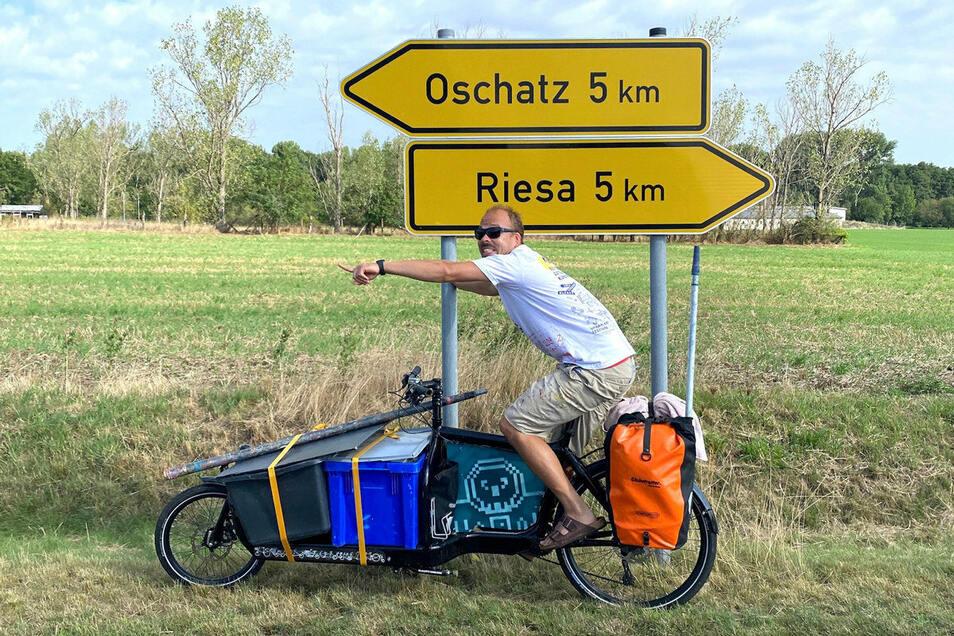 Auch der Streetartkünstler Jens Besser radelte mit dem Lastenrad durch Sachsen.