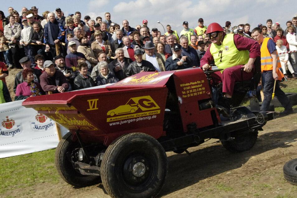 Die Dumperfahrer trugen dieses Jahr nur ein Rennen aus (hier ein Archivbild aus Adelsdorf), und das ohne Wertung.