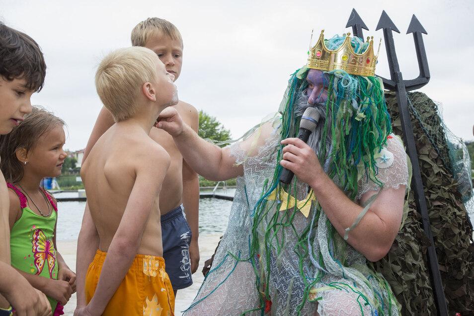 Hier sieht Neptun schon stattlicher aus: 2015 erstmalig als Oberbürgermeister.