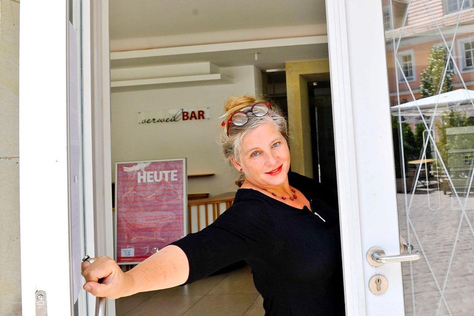 Theaterkarten sind in der neuen Spielzeit auch eine Rarität – Meißens Theater-Chefin Ann-Kristin Böhme.