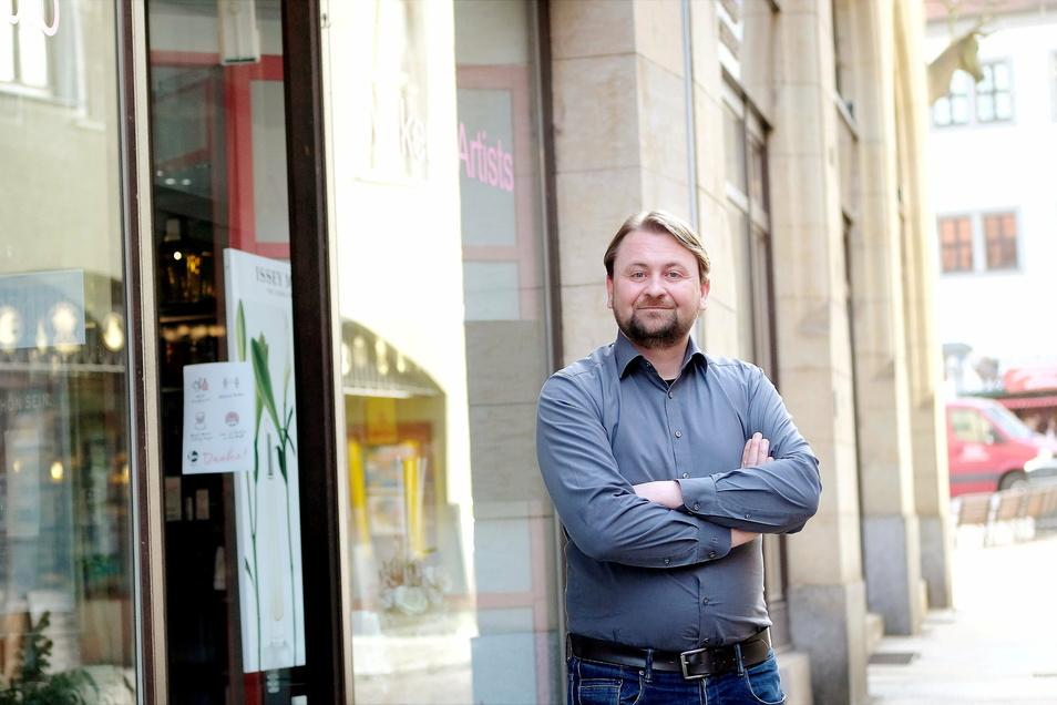 """""""Der Einzelhandel bietet, was ein Online-Einkauf nicht kann"""": Quartiersmanager Marcel Noack."""