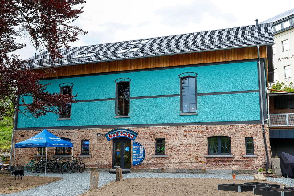 """Die Verkaufsfläche im neuen """"Rad-Land"""" in der Talstraße 22a in Neusalza-Spremberg hat sich fast verdoppelt."""