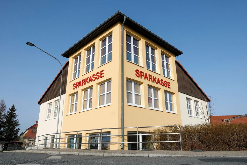Die Sparkasse in Olbersdorf wird derzeit modernisiert.