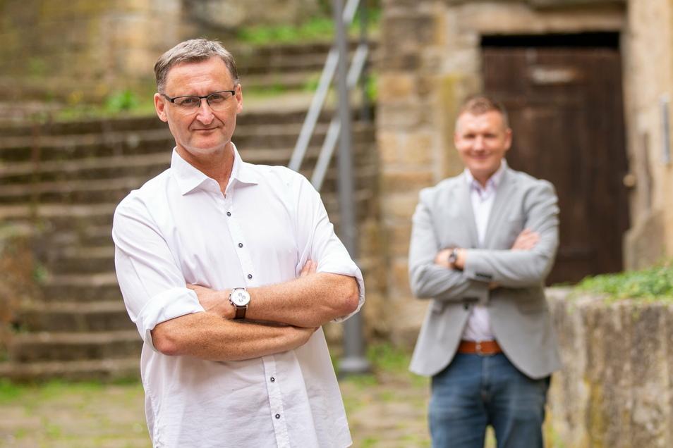 KWE-Geschäftsführer Dirk Kohl (li.) wurde vom Aufsichtsrat beurlaubt. Königsteins Bürgermeister Tobias Kummer (re.) sucht nun einen Nachfolger.
