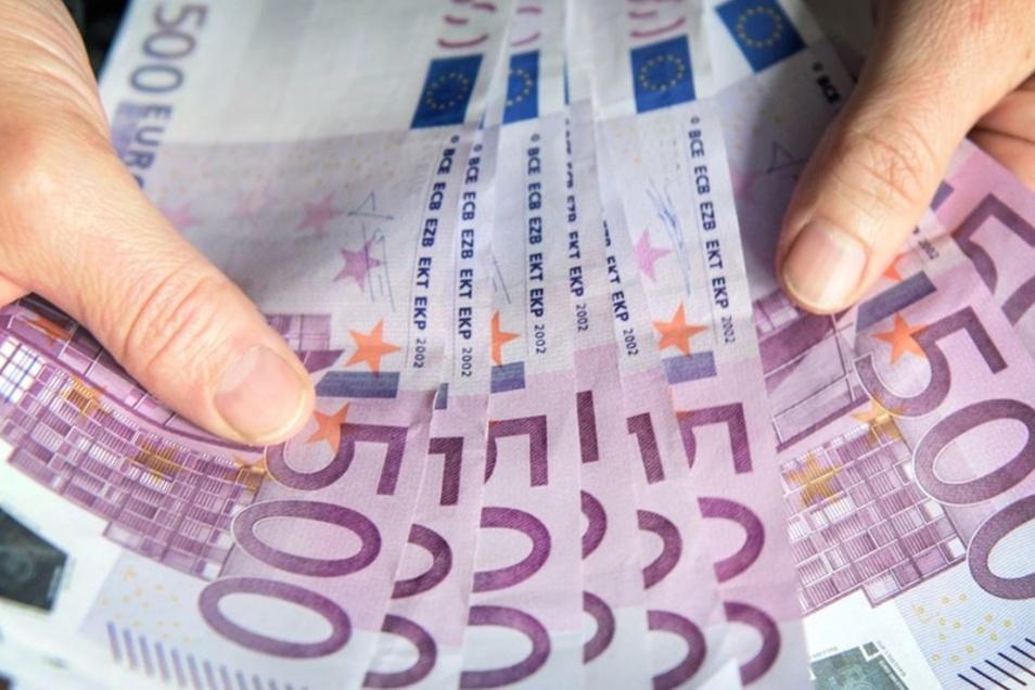 Eine halbe Million Euro fließt in den Ferien in Arbeiten an und in den Bautzener Schulen.