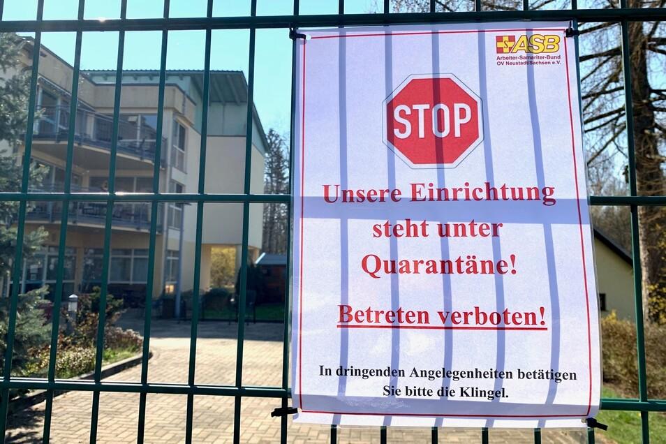 Das ASB-Seniorenpflegeheim in Hohnstein steht seit Mittwochabend unter Quarantäne.