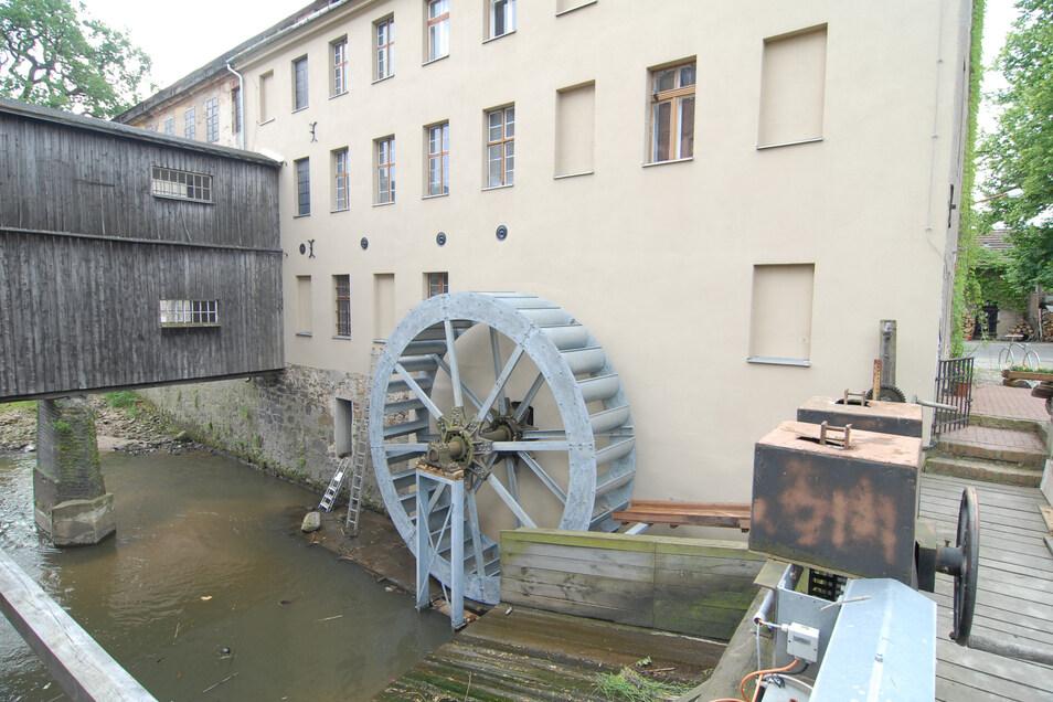 Zu den Industriedenkmälern im Landkreis zählt die Kunstmühle in Ludwigsdorf.