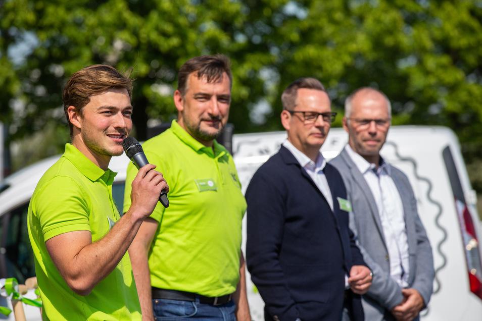 Chris Podavka und Frank Thomas von Knack-Frisch, Lebenshilfe-Vorsitzender Ralf Thiele, Düdi-Fleisch-Chef Ralph Ehrentraut (vl.): Menschen mit Behinderung sollen stärker eingebunden werden.