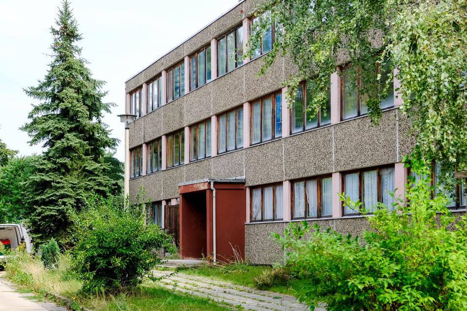 Spätestens im Frühjahr wird das alte Gebäude an der Salzstraße abgerissen. Auf dem Grundstück soll eine Kita mit Platz für 100 Kinder gebaut werden. Für die Tafel soll es bis dahin einen neuen Standort geben.