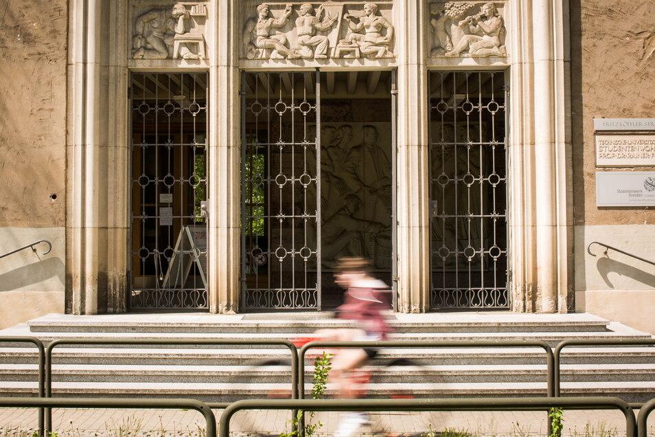 Das Studentenwerk Dresden betreut rund 40.000 Studierende - und hat jetzt Probleme mit dem eigenen Justitziar.