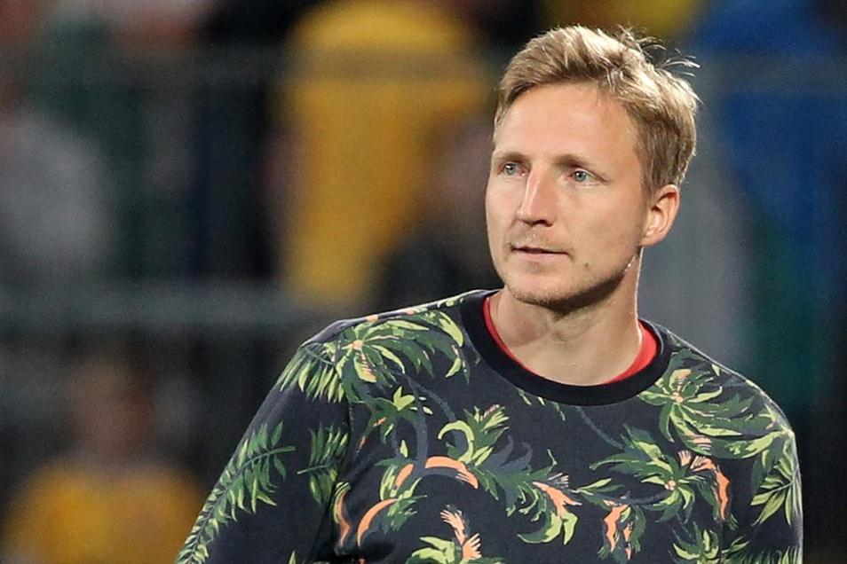 Immer noch in Zivil im Stadion: Marco Hartmann erlebt Dynamos Saisonstart als Zuschauer. Im Interview nennt der 31-Jährige den Grund.